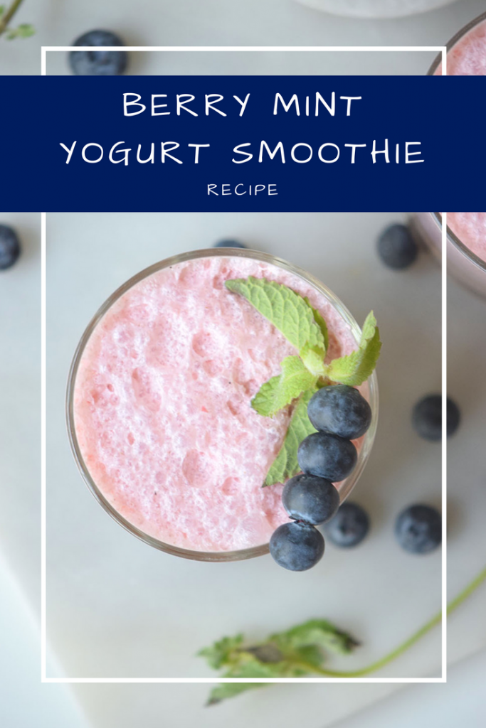 Berry Mint Yogurt Smoothie
